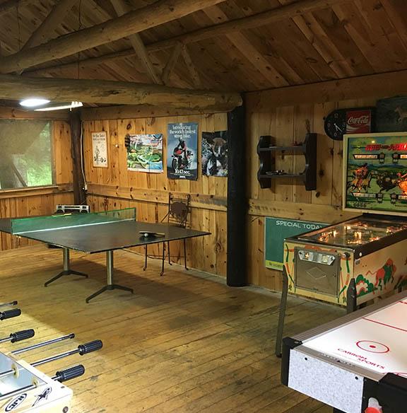 Pineridge Resort Game room with Billiards, Ping-Pong, Foosball and Air Hockey